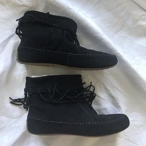 Lucky Brand black suede moccasin booties size 10